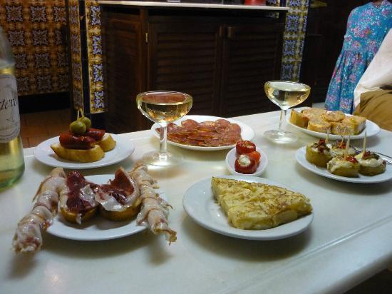 El Xampanyet: Beste Tapas in Barcelona...
