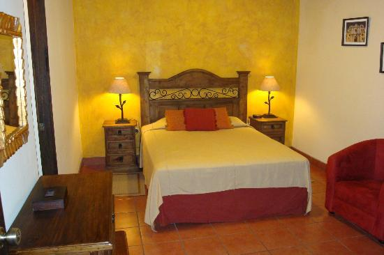 Hotel Meson del Valle: Comfy beds