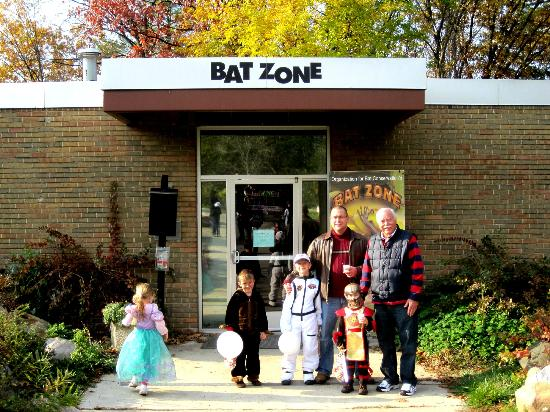 Cranbrook Institute of Science: Halloween 2011 @ The Bat Zone