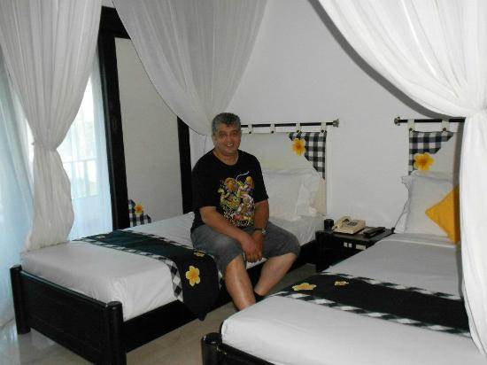 Candi Beach Resort & Spa: Room