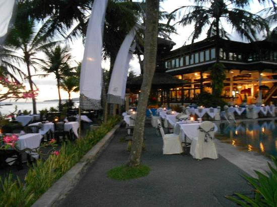 Candi Beach Resort & Spa: Seaside Restaurant