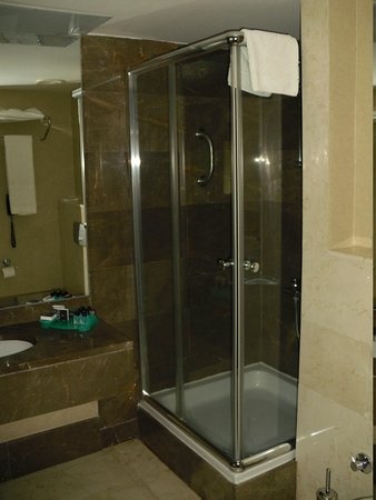 Notte Hotel: Banyo