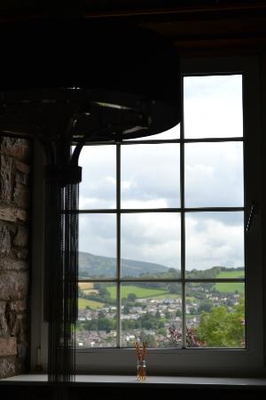 Ty Croeso Bed & Breakfast: Beautiful views