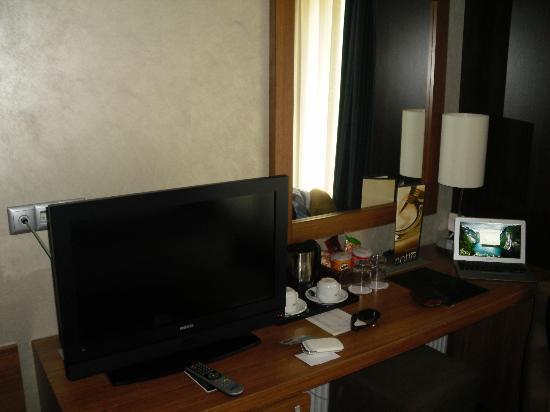 Notte Hotel: Masa