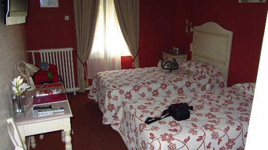 Hotel de Bordeaux: Habitación doble