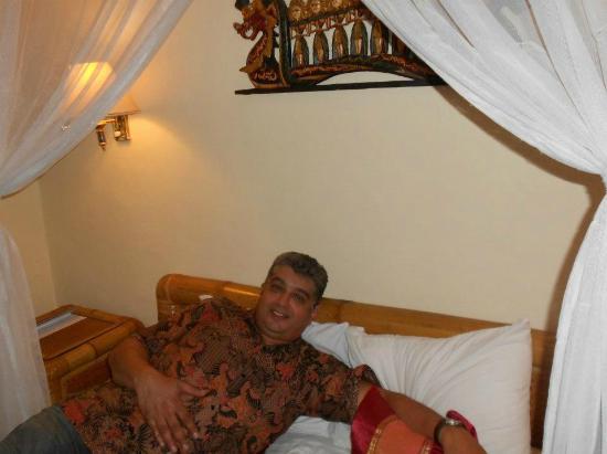Aneka Lovina Villas & Spa: Room