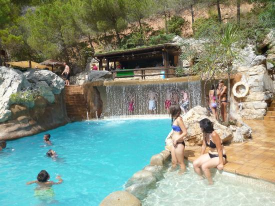 Piscine panorama picture of camping castell montgri l for Camping queyras piscine