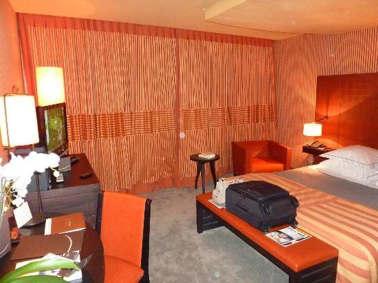 Hotel Square: Chambre