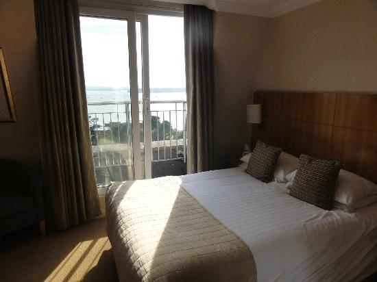 Harbour Heights Hotel: Harbour view room
