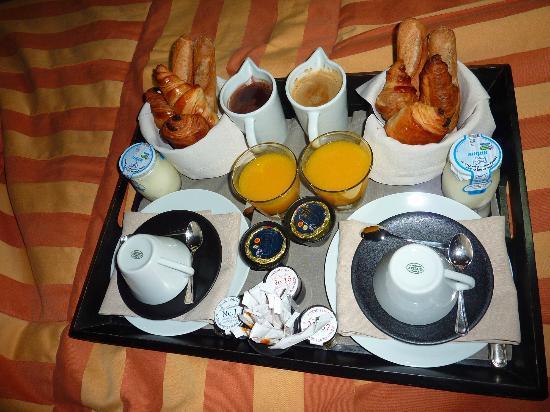 Hotel Square: Très bon petit déjeuné