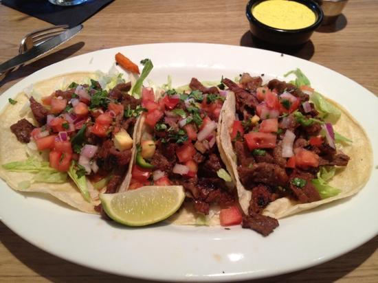 BLD Restaurant: steak tacos