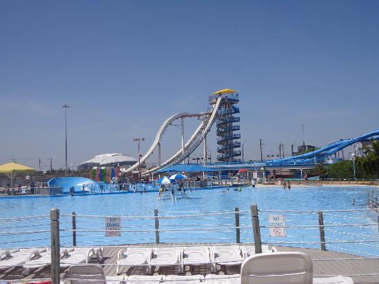 Arlington, TX: Water slides