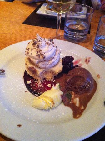 Alba Restaurant: dessert