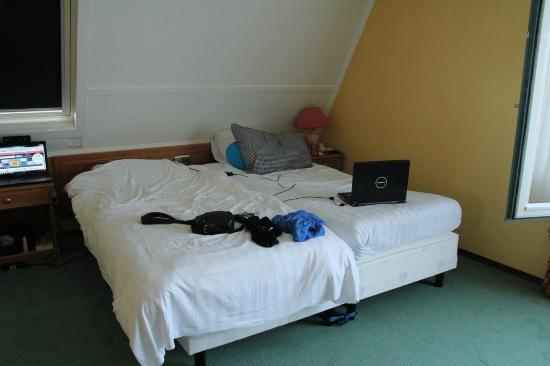 Fletcher Hotel-Resort Amelander Kaap: de marassen zijn te breed voor het onderstel en het onderstel is gedeeltelijk op wieltjes