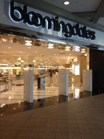 Lenox Square Bloomingdales & Bloomingdales - Picture of Lenox Square Atlanta - TripAdvisor