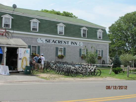The Seacrest Inn: On Site Bicycle Rentals