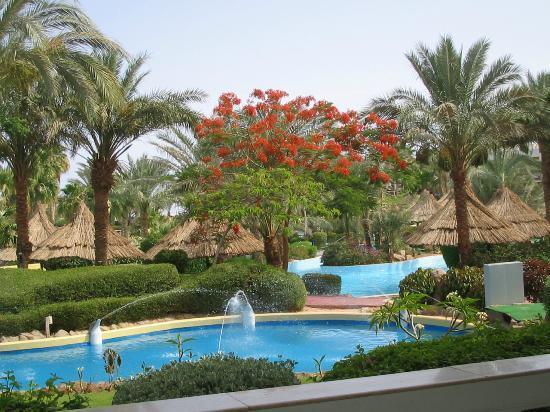 Maritim Jolie Ville Golf & Resort: Beautiful gardens