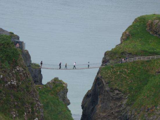 Irlanda en Espanol: Carrick-a-rede rope bridge