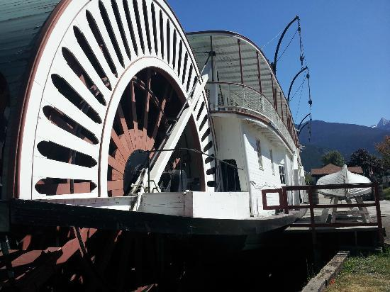 ‪‪The SS Moyie National Historic Site‬: the big wheel