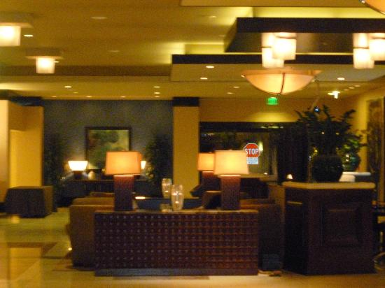 Renaissance Phoenix Downtown Hotel: Front Lobby area