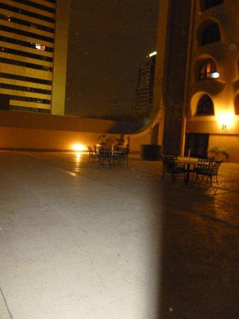 Renaissance Phoenix Downtown Hotel: Outside - 5th Floor - patio/pool area