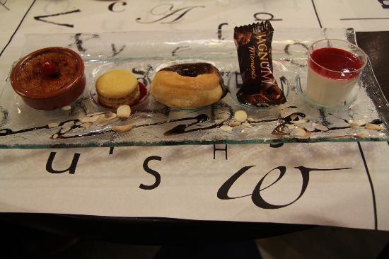 L'Imprimerie : Assiette of desserts on set menu