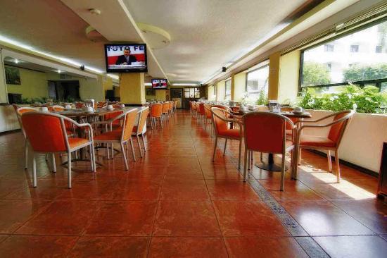 Hotel Gran Plaza & Convention Center: Restaurant La Hacienda