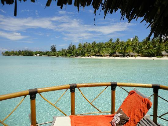 Bora Bora Pearl Beach Resort & Spa: View from the terrace back over the lagoon