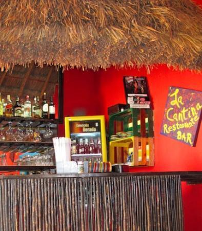 La Cantina Restaurante y Bar: bar at La Cantina