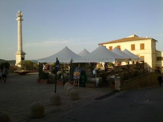 "Таламоне, Италия: ristorante""la scesa"""