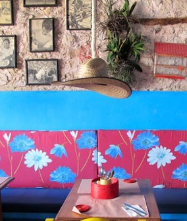 La Cantina Restaurante y Bar : Mexican dining room