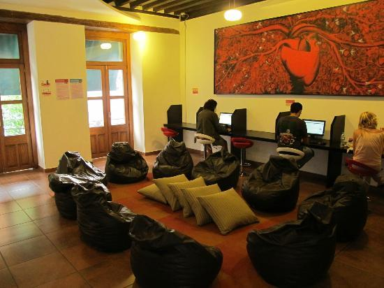 Mexico City Hostel: living area