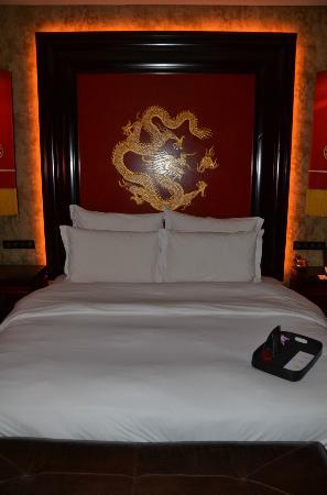 Buddha-Bar Hotel Prague: Bed