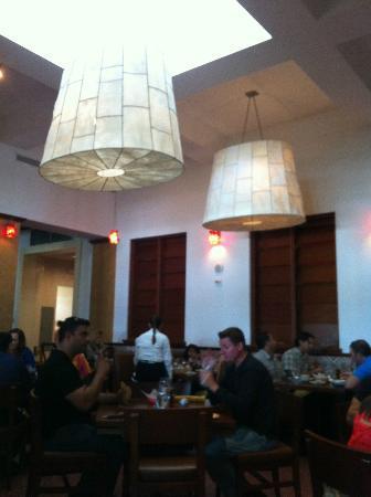 Las Vegas Cuban Cuisine: Main Dining area