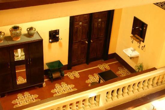 Hotel Ajau: Second floor hall.
