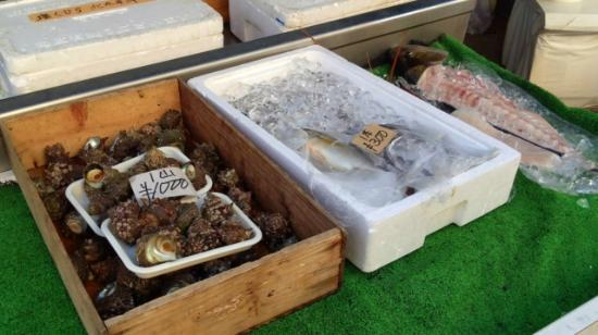 Yobuko Morning Market: そのまま刺身で食べられる新鮮さ