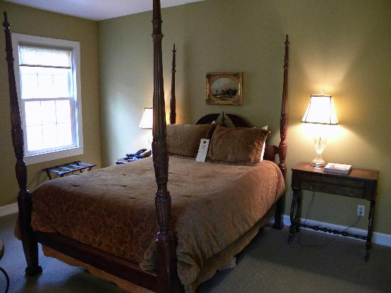 Barksdale House Inn: Bedroom