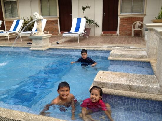 Palmas del Mar Conference Resort Hotel: having at the pool