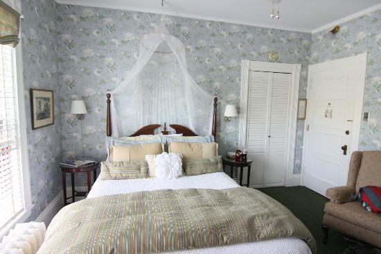 Greenville Inn at Moosehead Lake: Room 22