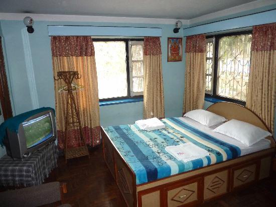 Souvenir Guest House & Restaurant: Deluxe room