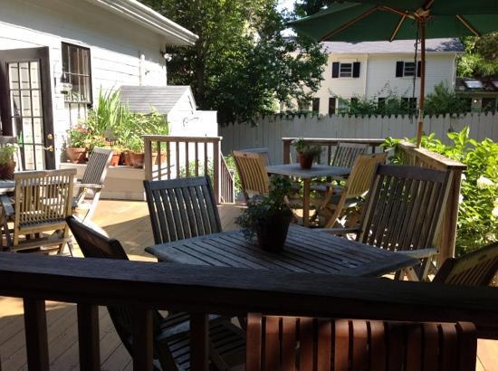 Marshall Slocum Inn: La colazione all'aperto