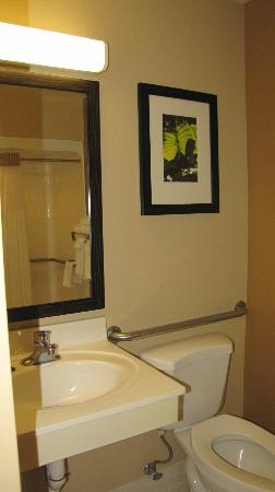 Extended Stay America - Tacoma - Fife: toilet