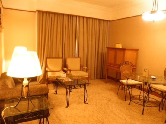 Grand BlueWave Hotel Johor Bahru: living room