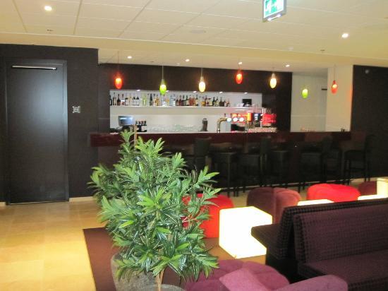 Hilton Garden Inn Leiden: Bar