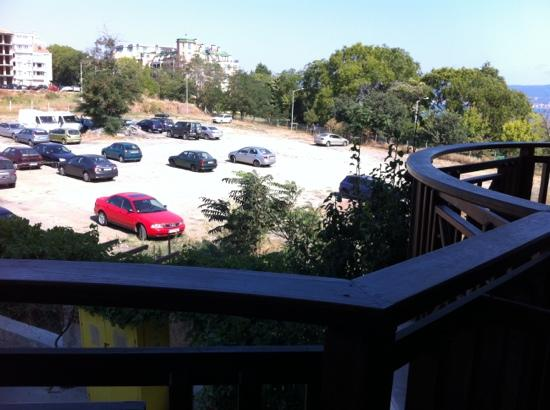The Mill Hotel & Restaurant: this is room with Park View (or parking?)2