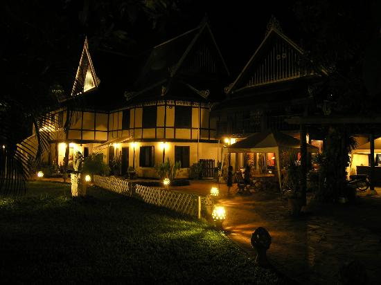 Ramayana Boutique Hotel: Late evening at Ramayana