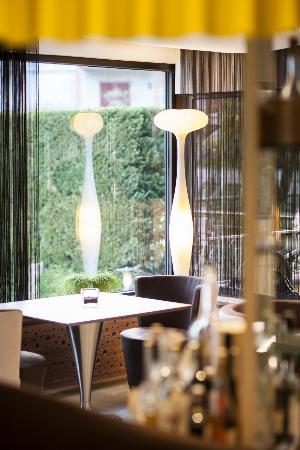 Restaurant Flair: Restaurant