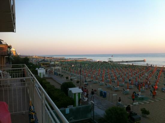 Hotel Ancora: another view from room
