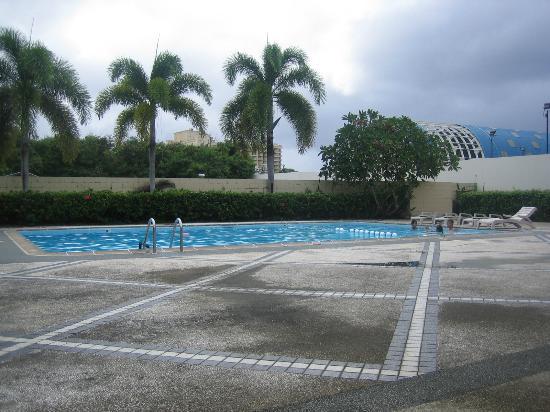 パシフィック ベイ ホテル, Pool