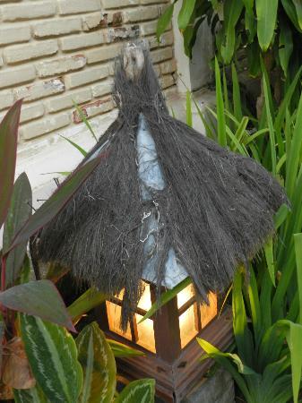 Bali Royal Suites Hotel: luces